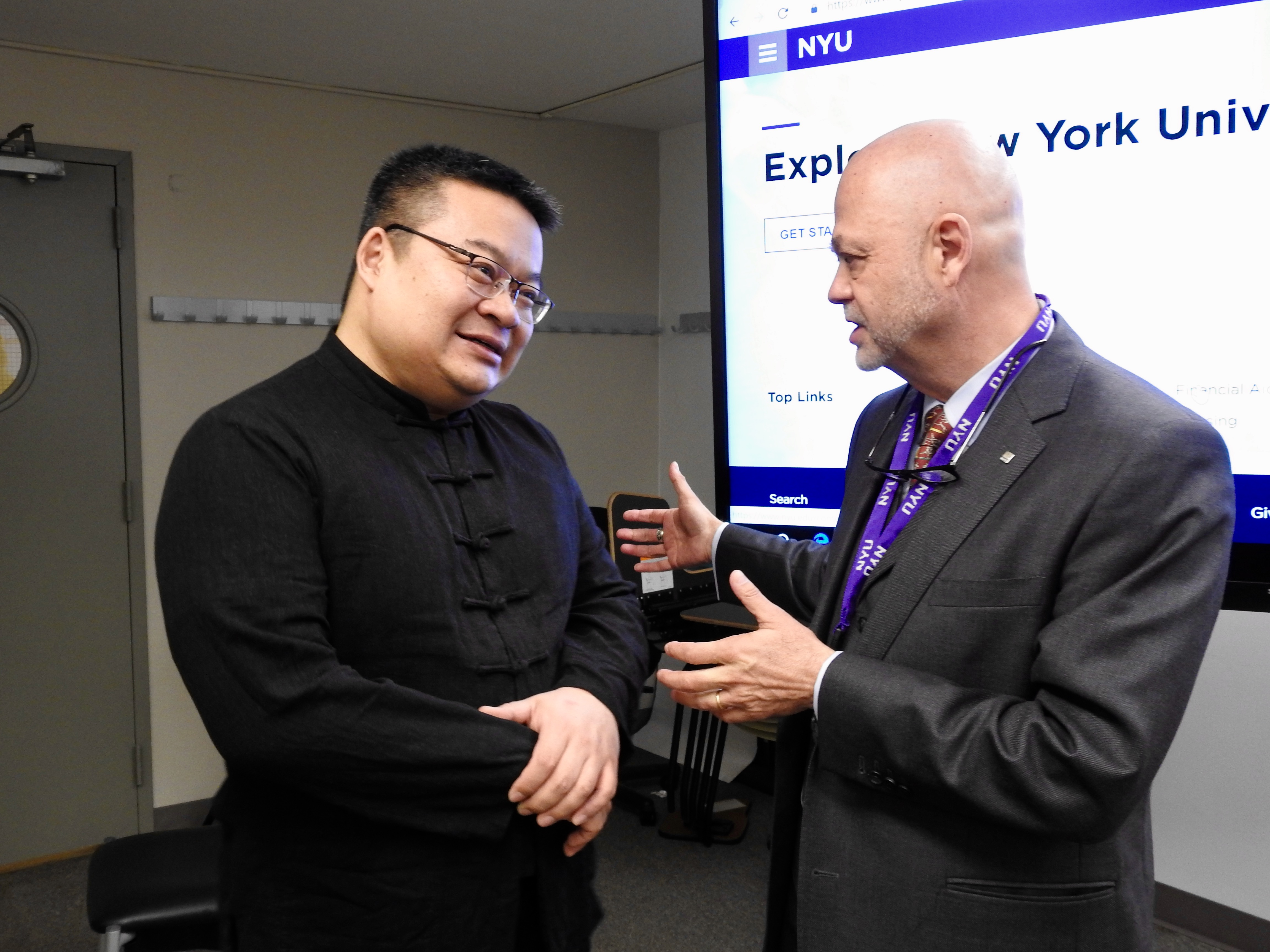 Logos Institute for Crisis Management & Executive Leadership Presents 2019 Outstanding Leader Award to Dr. Guanpeng (Steven) Dong